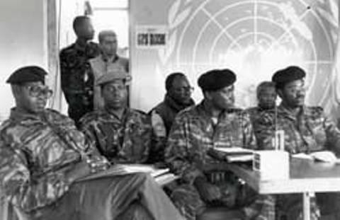 Bamwe mu basirikare b'Inzirabwoba bari mu mishyikirano yo guhagarika imirwano barimo Lt Col BEM Rwabalinda, Col BEM Gatsinzi
