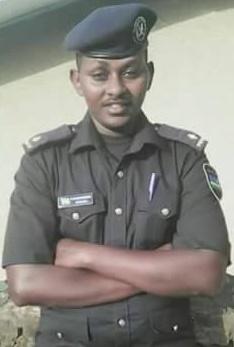 Assistant Inspector of Police (AIP) Richard Kabandize warashe bagenzi be nawe akaze kwicwa nyuma