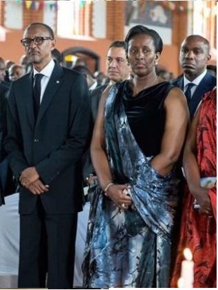 Ugushyingo 2015 nibwo muri Bazirika ntoya y'i Kabgayi habaye umuhango wo guherekeza umukecuru Asteria Bisinda, nyina wa Perezida Kagame