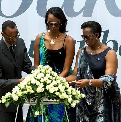 Mu kwibuka Genocide ku nshuro ya 22 ku Gisozi muri Mata 2016